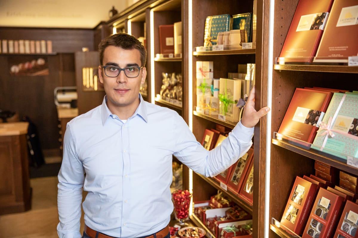 Der Inhaber der Esther Confiserie Peter-Alexander Pelz